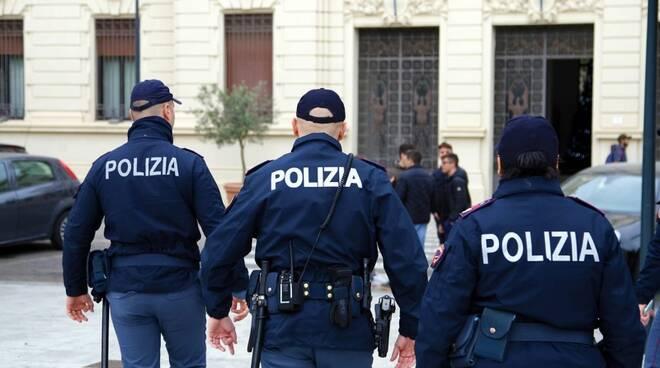 Arrestati i rapinatori del neomelodico Pino Franzese