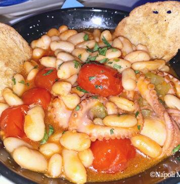 Zuppa di polipetti, fagioli e crostini: ricetta mare e terra