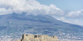 Meteo Napoli, l'estate si prende una breve pausa
