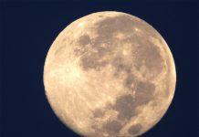Superluna di fragola: stasera tutti col naso all'insù
