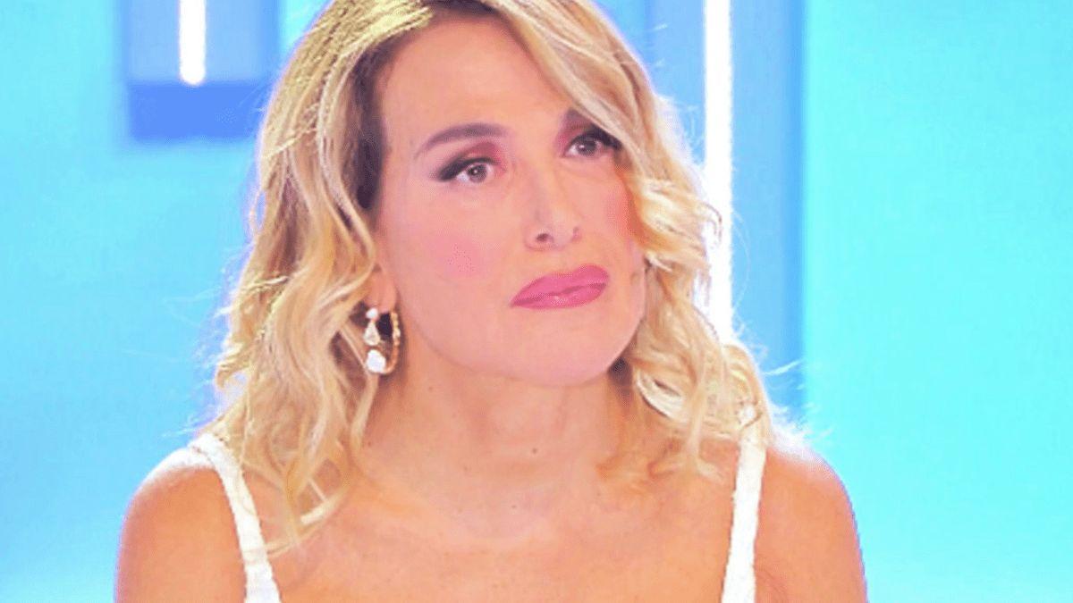 Barbara D'Urso meno 2: la rete riduce la sua presenza in tv