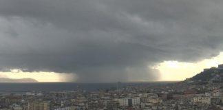 Meteo Napoli: il ciclone imminente, crollo temperature