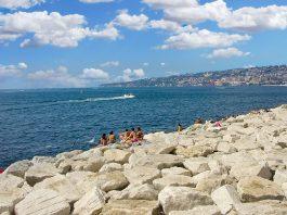 Meteo Napoli, ondata di calore: in arrivo 3 giorni infernali