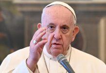 """Bergoglio: """"Meglio vivere come atei che andare in Chiesa e odiare gli altri"""""""