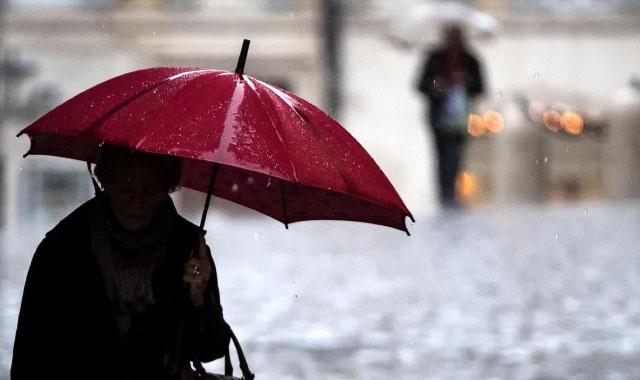 Campania, allerta meteo: temporali, fulmini e grandinate