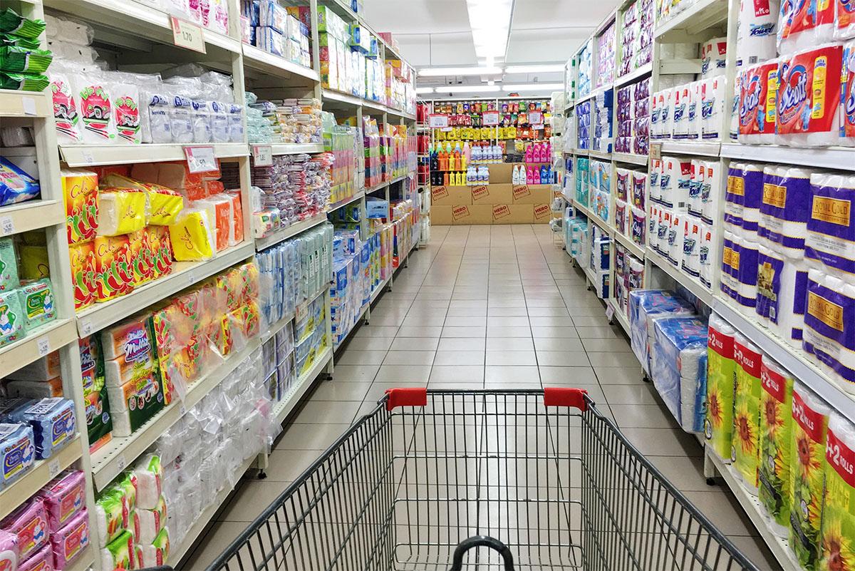 Giugliano e Nola, riaprono gli ipermercati: 220 dipendenti tornano a lavoro