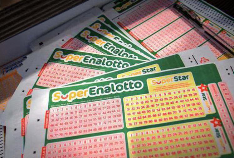 SuperEnalotto: l'introvabile vincitore dei 100mila euro