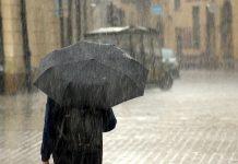 Napoli, allerta meteo 7 ottobre: parchi cittadini resteranno chiusi