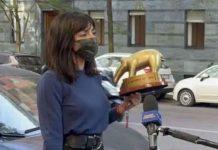 "Ambra Angiolini riceve il Tapiro: stavolta ""inopportuno"""